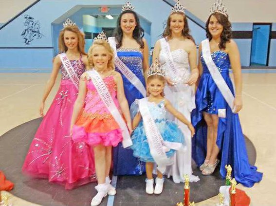 Chistmas Pageant Held in Ludowici