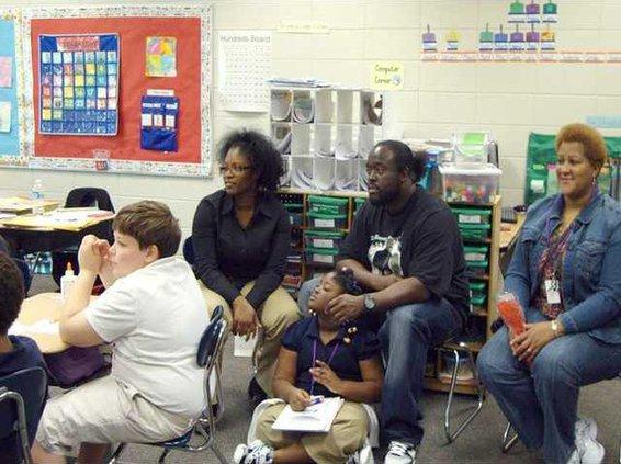 0316 Parents in school
