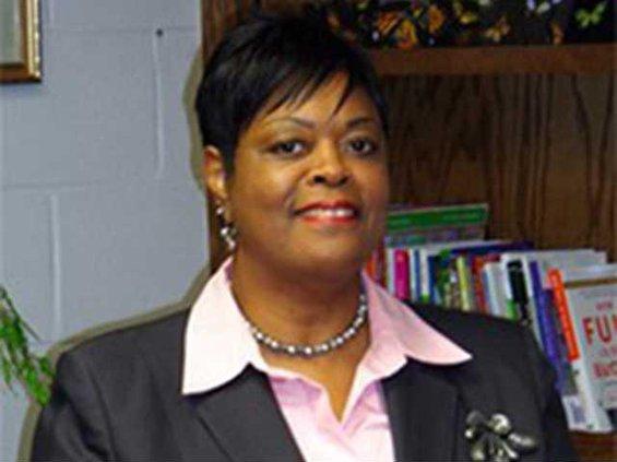 Dr Valya Lee