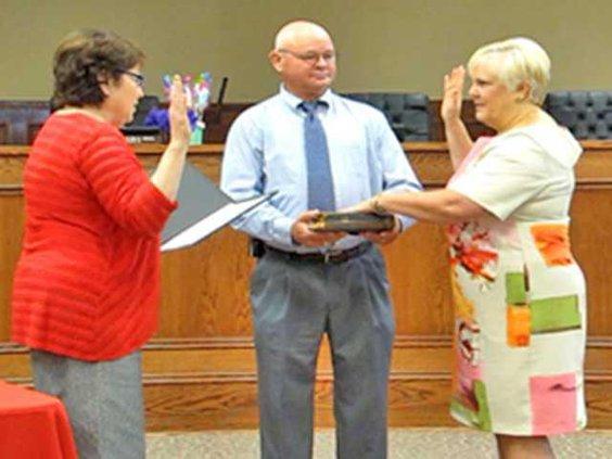 Dr Yvette Keel is sworn in