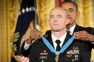 soldier earns medal of honor