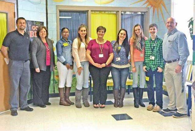 1 LCHS Students Complete Tide to Teachers Program