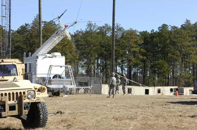 aluma tower - army communication