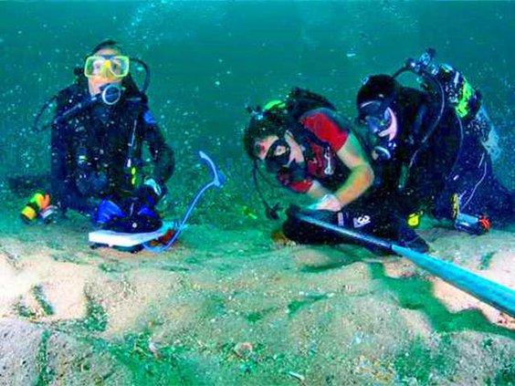 underwater-surgery
