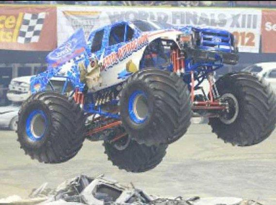 0229 Monster truck