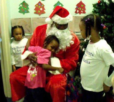 1221 Santa visits Long Co