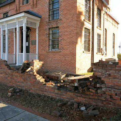 Jail house wall damage 004