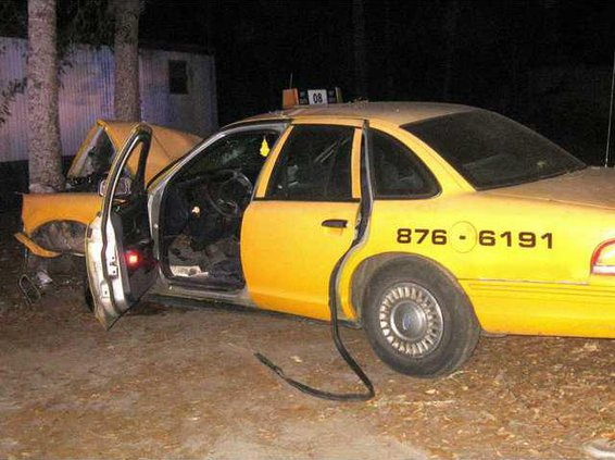 MR cabbie robbery wreck