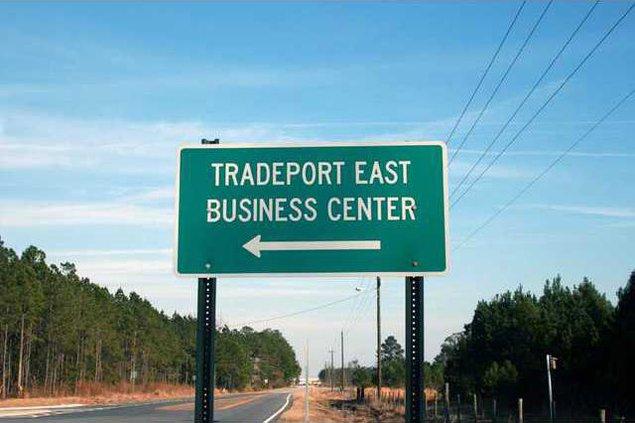 Tradeport East Entrance