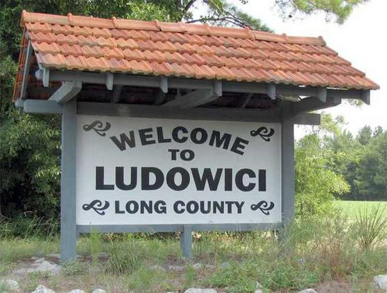 ludowici welcome sign