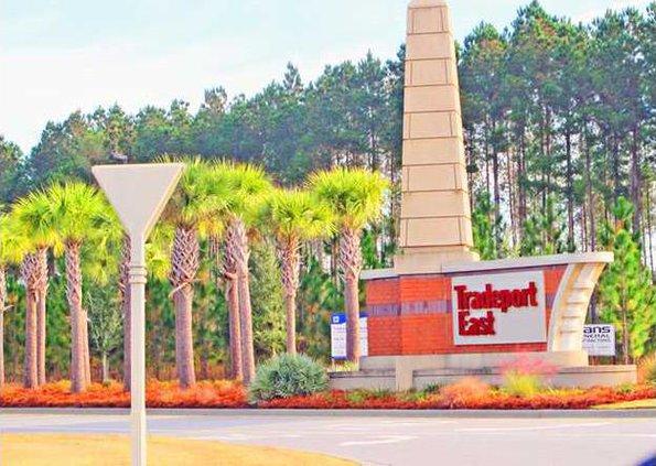 tradeport entrance