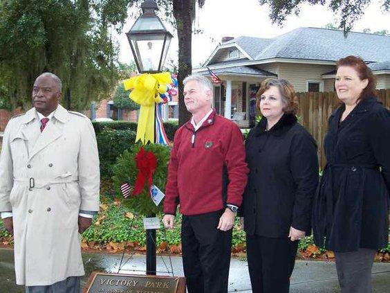 web 1216 Mayor wreath