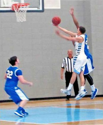 1 Josh Powers scores for the Blue Tide agaisnt Pierce  County for Wed 1-21