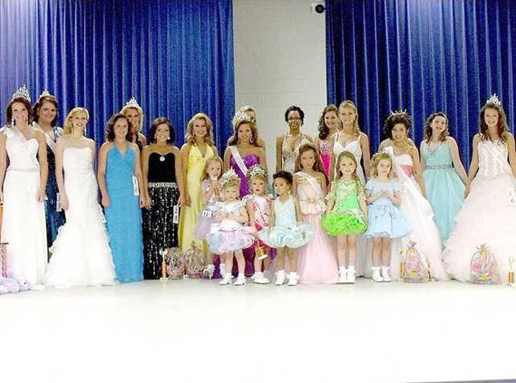 2012 Miss Tri County Easter Pageant contestants