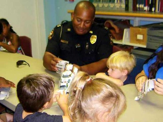 3 Ludowici Police Dept Have Fun with Kids and Teens