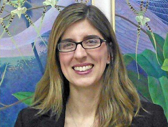 Amy Tavio