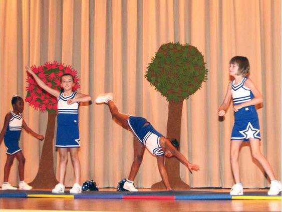 Dance recital 3254