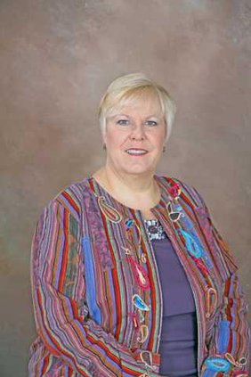 Dr Yvette Keel