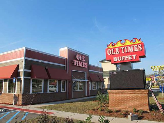 Ole Time Country Buffet opens 002-1