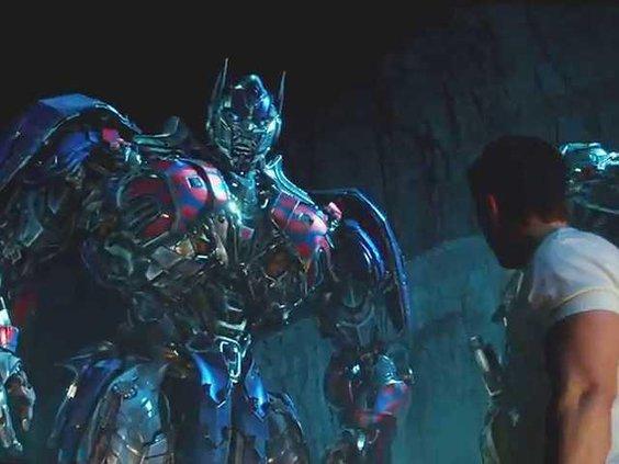 Transformers-Age-Of-Extinction-Mark-Wahlberg-Optimus-Prime