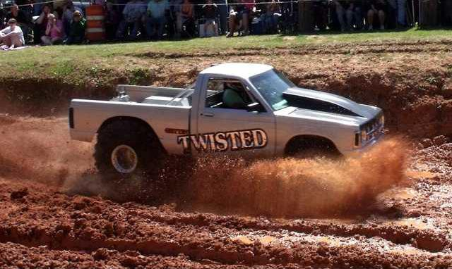 Twisted challenges the pit at the Long Co Rec Dept Mud Bog
