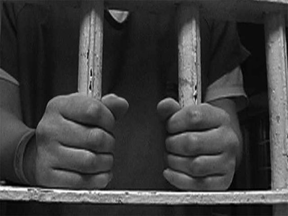 jail bars-Hands