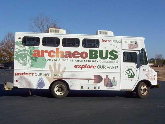 0519 ENT archeo bus