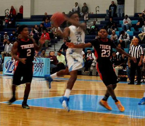 1. D. Anderson had 21 pts against Metter High School