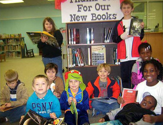 1 Long Library Gets Grant for Books