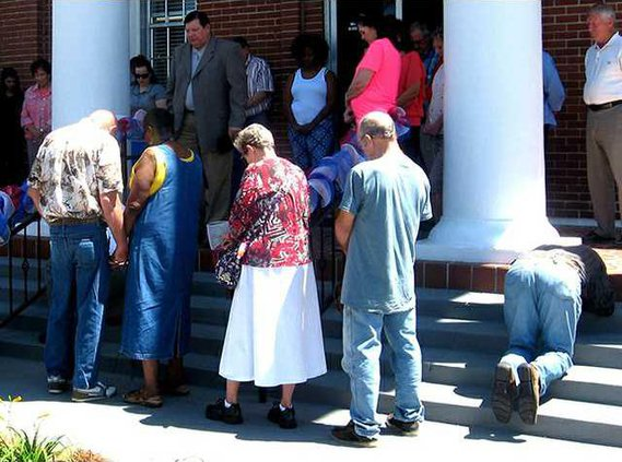1 Sun 5-10 Long County Celebrates National Day of  Prayer