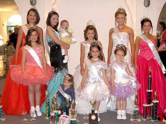 0410 Long Co pageant