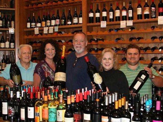 web 0420 Wine tasting