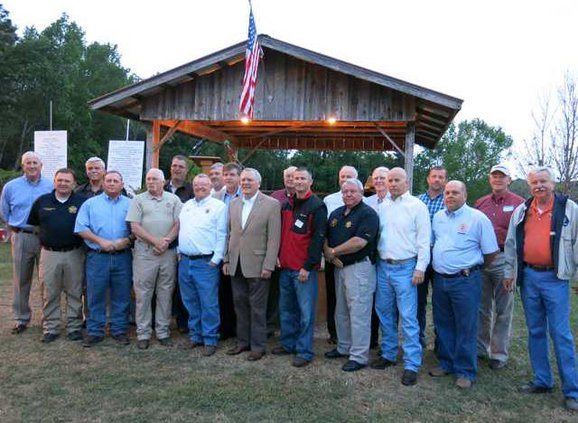 18 county sheriffs with Gov. Deal and Wayne Dasher