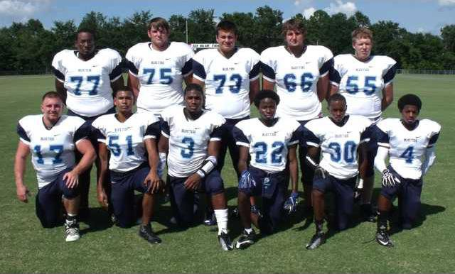 4 Football Sr Night Story Fri 11-15