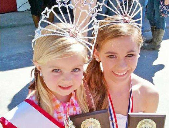 Wildlife pageant queens