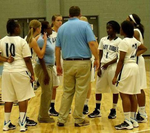 1 For Fri 12-6--Lady Tide fall to Saints in Savannah