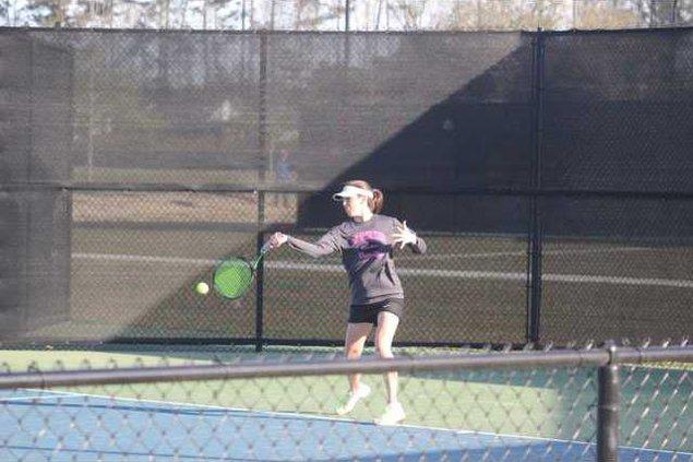 RH tennis 1st round