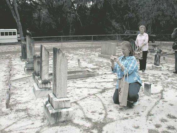 1107-Cemetery-tour-file