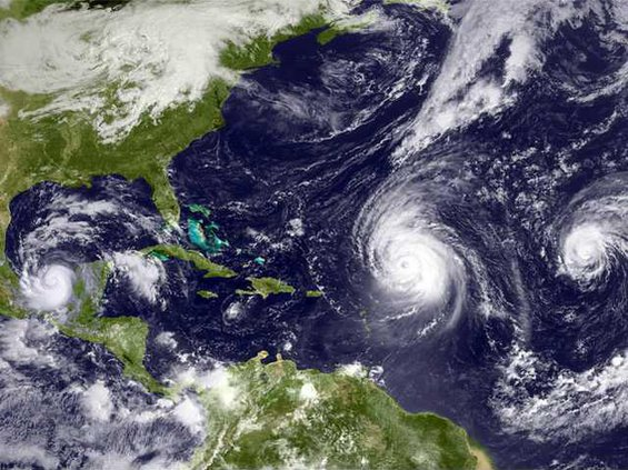 hurricanesinrow