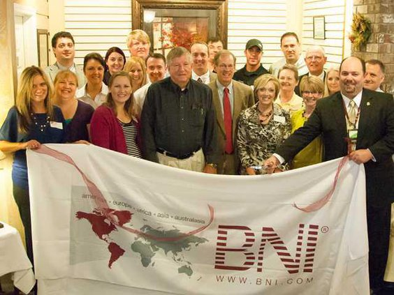 1BNI ribboncut