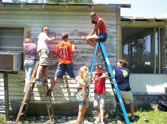Helping-Hands-file-pic