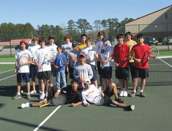 RH-boys-tennis-team