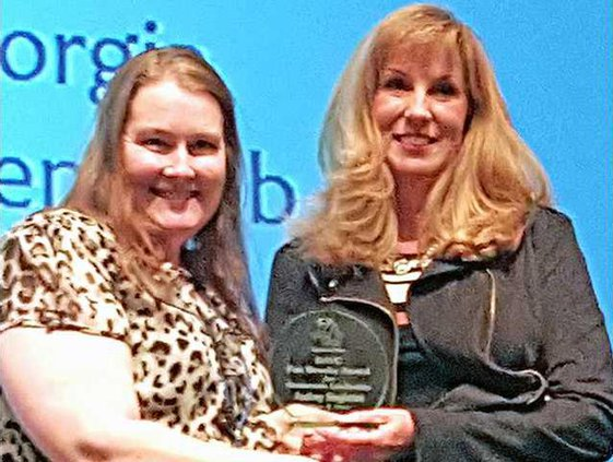 RH Montessori Fan Brooke Award