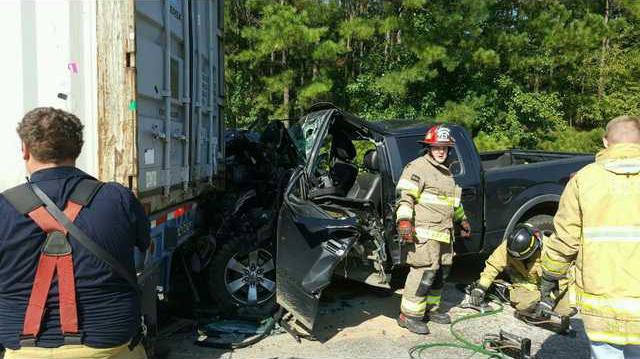 I-16 crash 0906