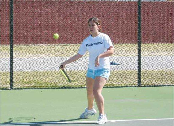 Rh-tennis-Fiona-Baer