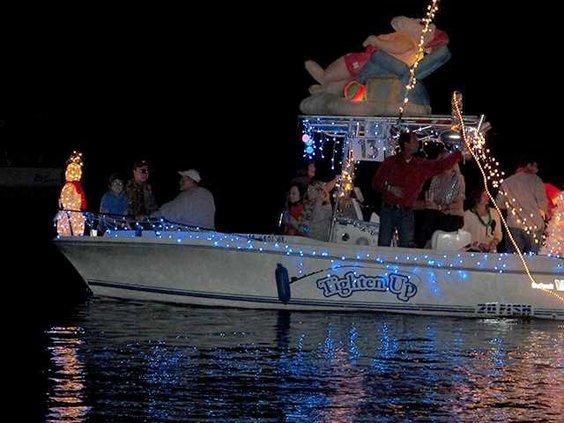 Boat paradeweb