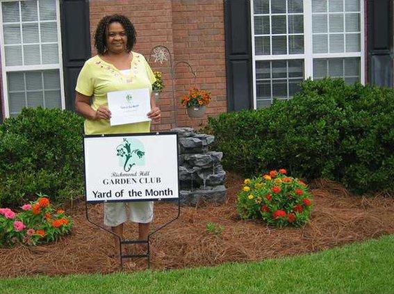 Garden club yardweb