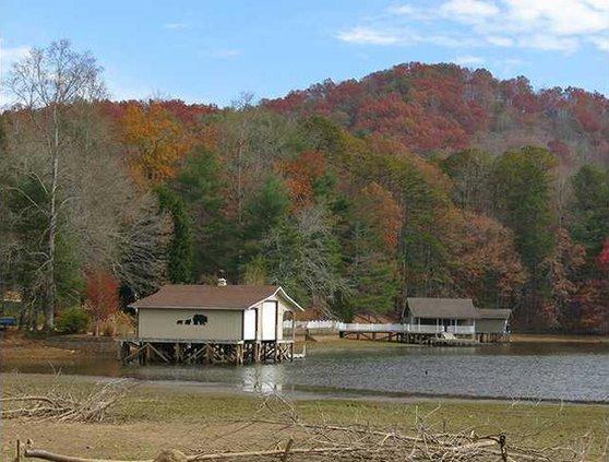 Moccasin Creek State Park