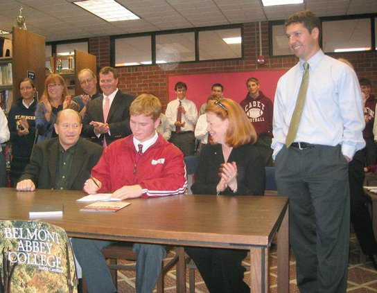 Ryan-Gregory-signing