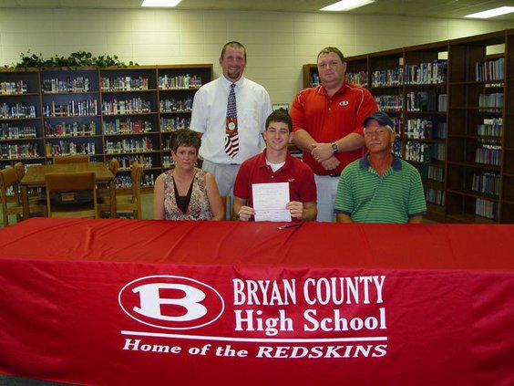 Wilkes-signing